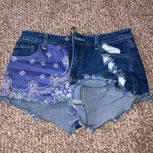 Fashion nova jean shorts